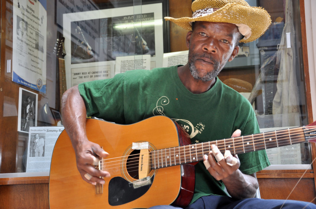 Delta Blues legend Pat Thomas at the Highway 61 Blues Museum