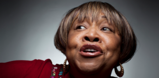 Mavis Staples will be performing at the Saint Louis Bluesweek Festival 2013
