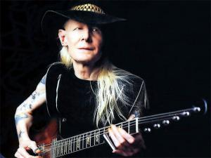 johnny-winter-40-years-001-1