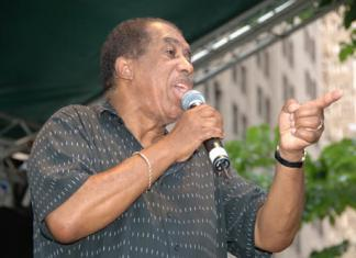 "Ben E King Performing on the Final Day of the 2006 Summerfest"" by Flickr user J&R Music World - originally posted to Flickr as Ben E King Performing on the Final Day of the 2006 Summerfest."
