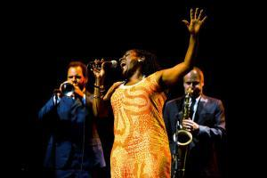 sharon-jones-and-the-dap-kings