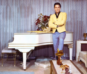Elvis at his Knabe piano