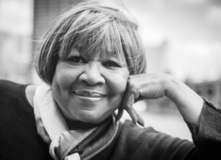 Mavis Staples Press Photo by Chris Strong