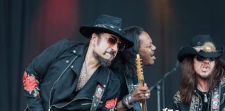 Supersonic Blues Machine with Eric Gales by vikram chandrasekar