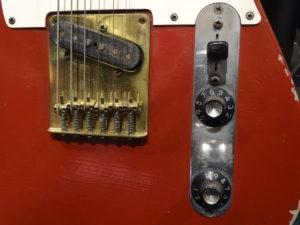 Muddy_Waters_1958_Fender_Telecaster_GuitarRock_&_Roll_Hall_of_Fame_Adam_Jones