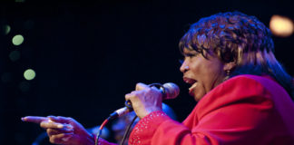 Denise_LaSalle-LRBC-JAN-2011-0124-0019e