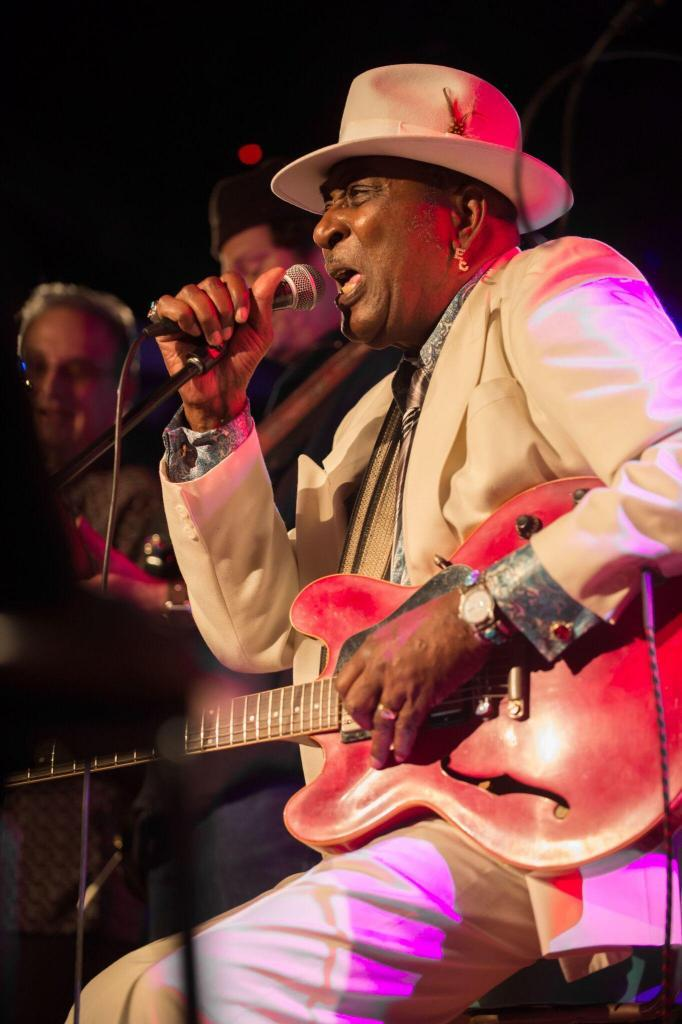 Eddy Clearwater Live photo credit Roman Sobus-136