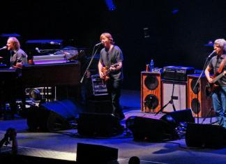 Phish_2009-12-30 Dan Shinneman Feature