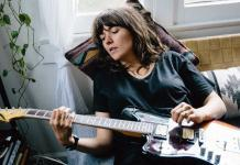 courtney-barnett-elizabeth-weinberg-05 Feature