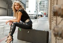 Ana-Popovic-feature-photo-Michael-Roud1
