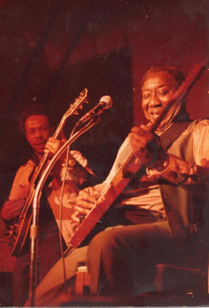 John Primer with Muddy Waters 1981 Blues House Productions
