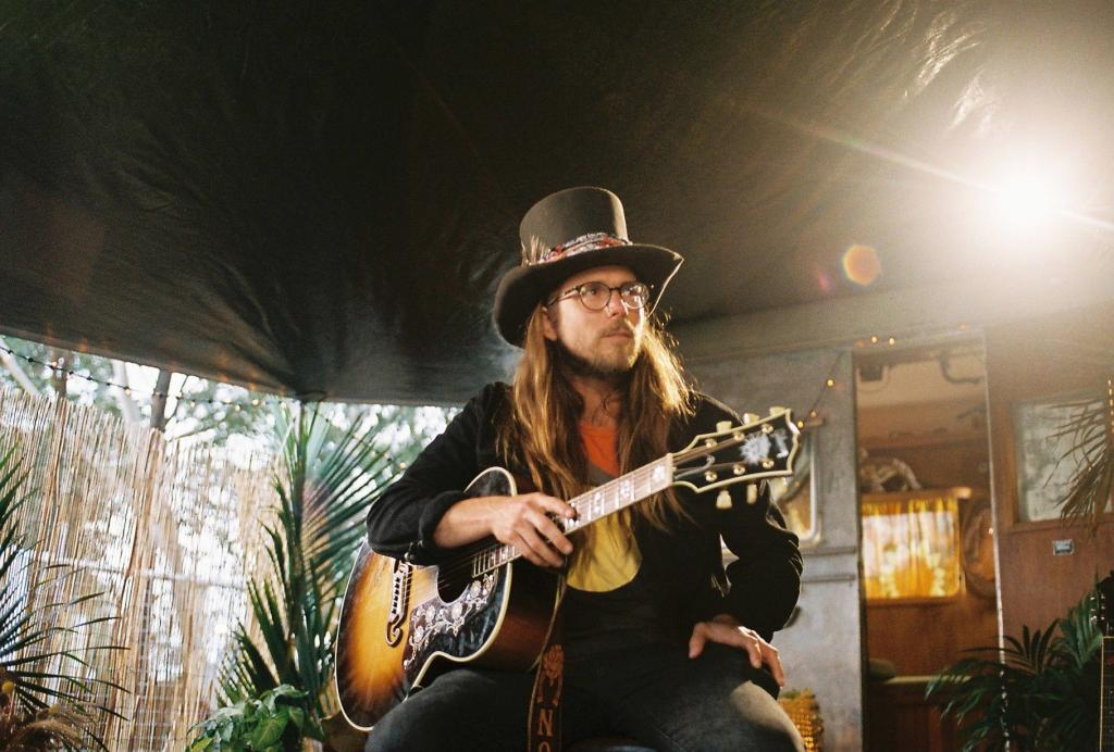 Lukas Nelson With Guitar